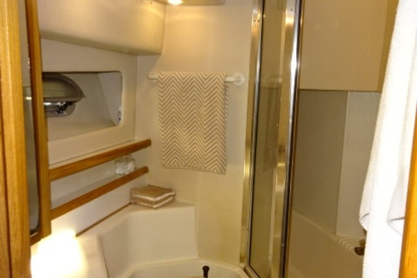 1998 Bayliner 47' 4788 Sea Jamm | Picture 6 of 61