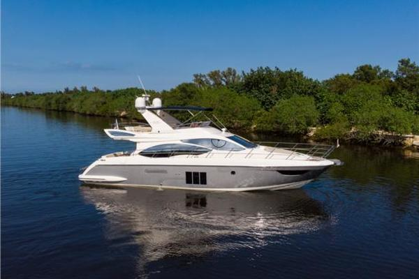 53' Azimut Flybridge 2012 | Cafe Petron