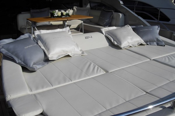 Picture Of: 64' Pershing 64 2010 Yacht For Sale | 4 of 27