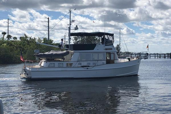 Picture Of: 43' Grand Banks 42' Classic 1996 Yacht For Sale   2 of 60
