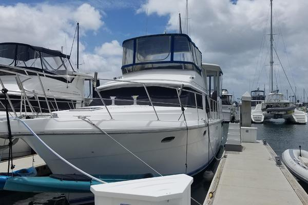Picture Of: 47' Carver 440 Aft Cabin 1994 Yacht For Sale | 2 of 7