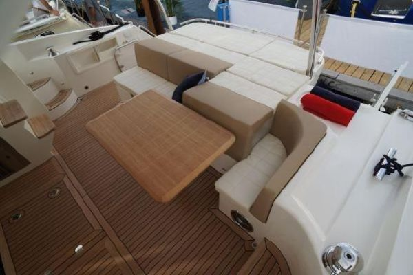 2015 Absolute 56' 56 Fly    Picture 2 of 95