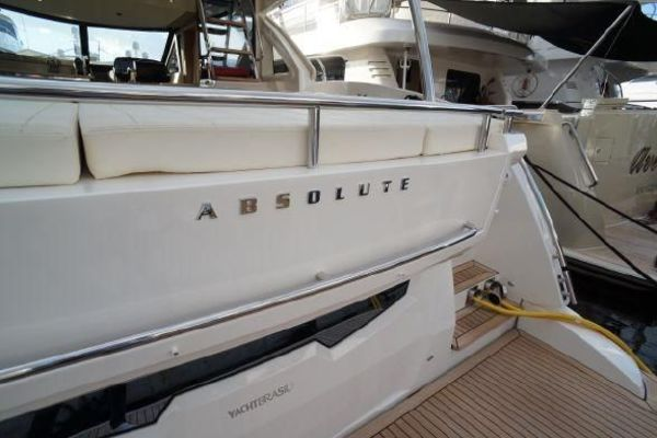 2015 Absolute 56' 56 Fly    Picture 3 of 95