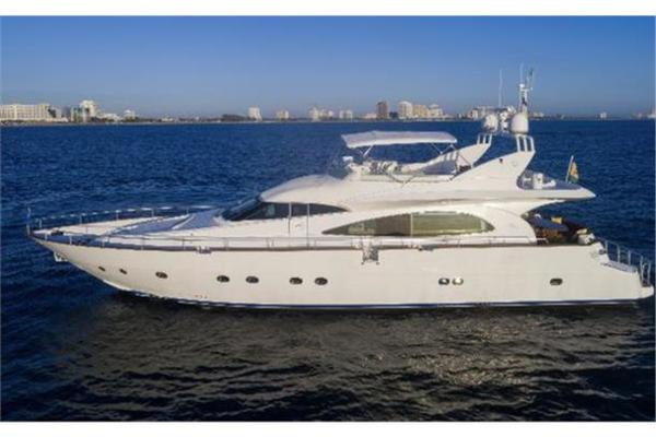 Picture Of: 77' Mochi Craft 1997 Yacht For Sale | 1 of 21