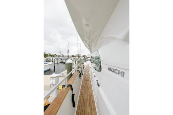 Picture Of: 77' Mochi Craft 1997 Yacht For Sale | 4 of 21