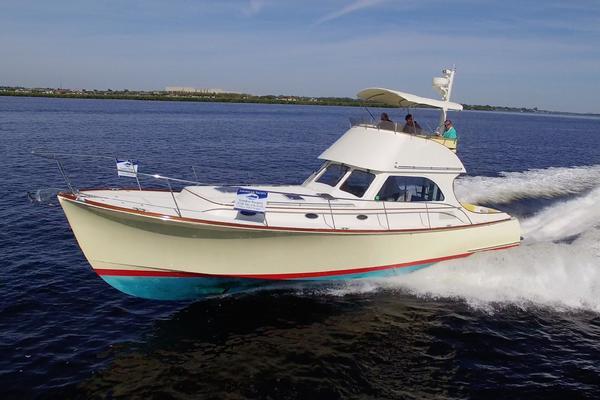 44' Hinckley Talaria 44 FB 2002 | Sea Pause