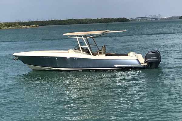 photo of 29' Chris-Craft Catalina 2015