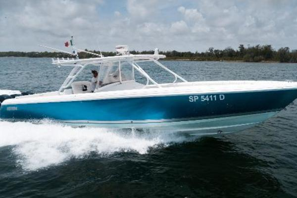 40' Intrepid 400 Center Console 2015 | Z Blonde