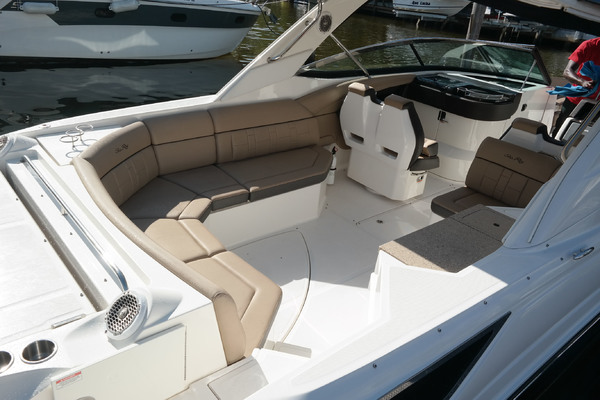 Picture Of: 35' Sea Ray 350 SLX 2016 Yacht For Sale | 2 of 22