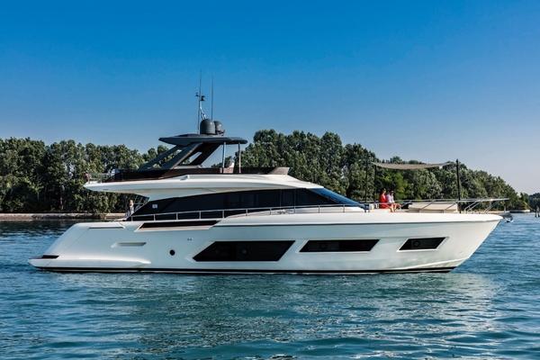 66' Ferretti Yachts 670 2019 | Spectre