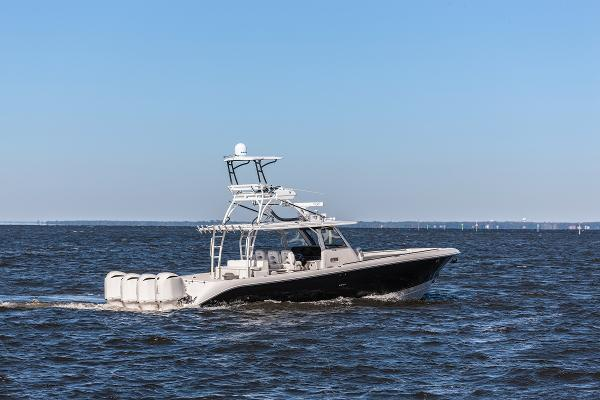 Picture Of: 42' Everglades 435 2016 Yacht For Sale | 2 of 25