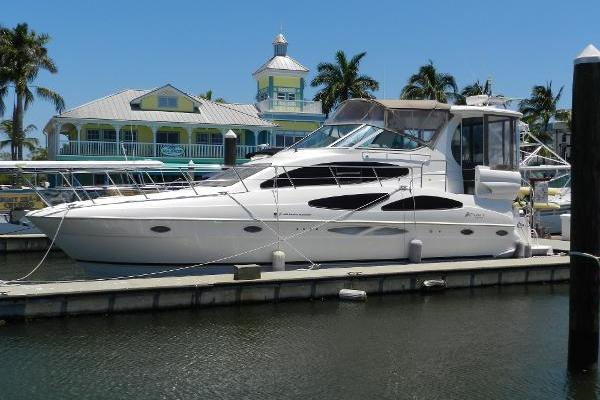 42' Cruisers Yachts 405 Express Motoryacht 2003 | Only Once