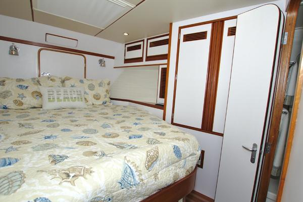 1999 Nordhavn 57' 57 Trawler Daddy's Money | Picture 5 of 83