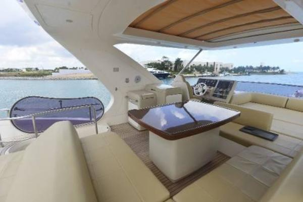2012 Azimut 64' Flybridge Motor Yacht  | Picture 6 of 15