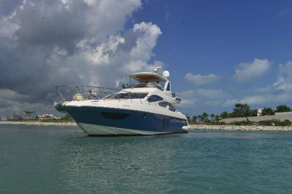 2012 Azimut 64' Flybridge Motor Yacht  | Picture 3 of 15