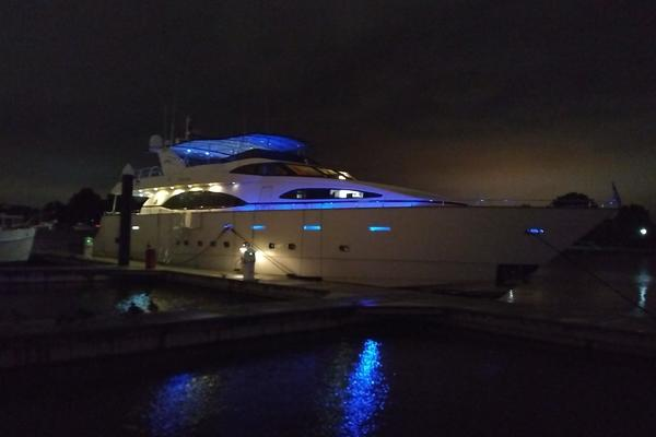 Picture Of: 100' Azimut 100 Jumbo 1996 Yacht For Sale | 2 of 83
