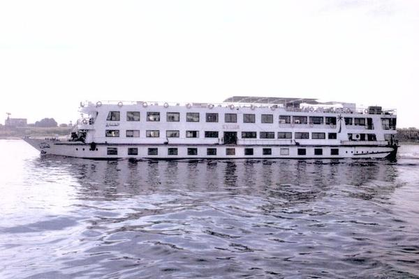 207' Custom Floating Hotel / River Boat 1992 | El Tarek