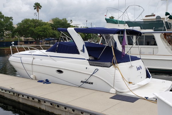 33' Rinker 320 Express Cruiser 2006 | Send Me
