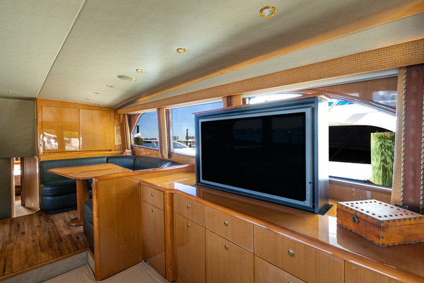 Picture Of: 65' Viking 65 Flybridge 2004 Yacht For Sale | 4 of 74