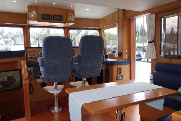 2003Jefferson 64 ft Pilothouse 64   Hocus Pocus