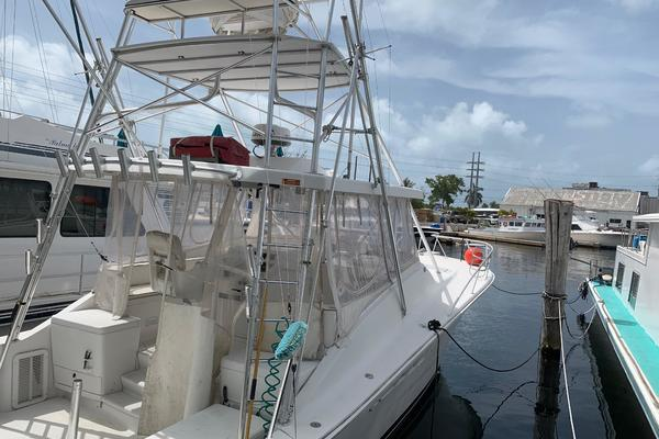 40' Luhrs  2000 | Sea Dawg