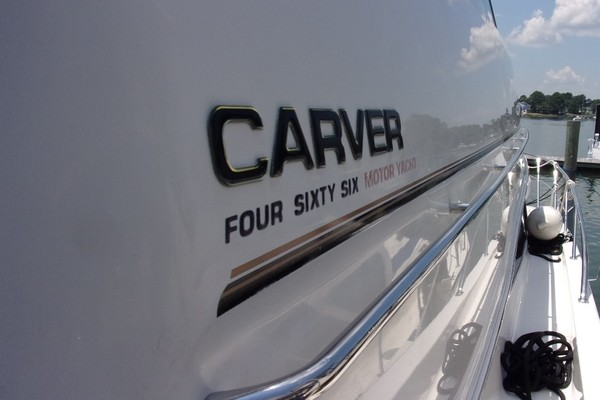 Picture Of: 46' Carver 466 Carver Aft Cabin 2004 Yacht For Sale | 2 of 47