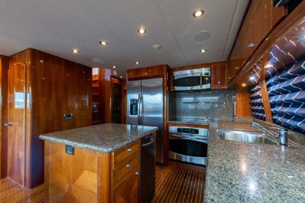 Picture Of: 90' Hargrave 84 Fly Bridge Motor Yacht 2010 Yacht For Sale | 4 of 107