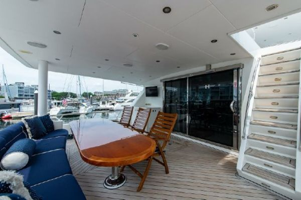 Picture Of: 90' Hargrave 84 Fly Bridge Motor Yacht 2010 Yacht For Sale | 3 of 107