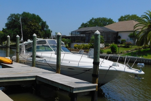 45' Sea Ray 400 Express Cruiser 1993 | The Journey