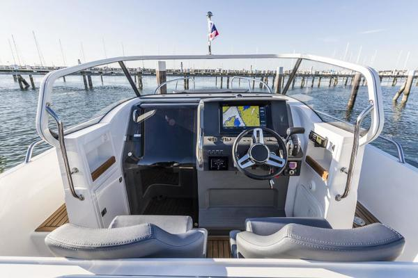 Picture Of: 30' Nimbus T9 2020 Yacht For Sale | 4 of 13