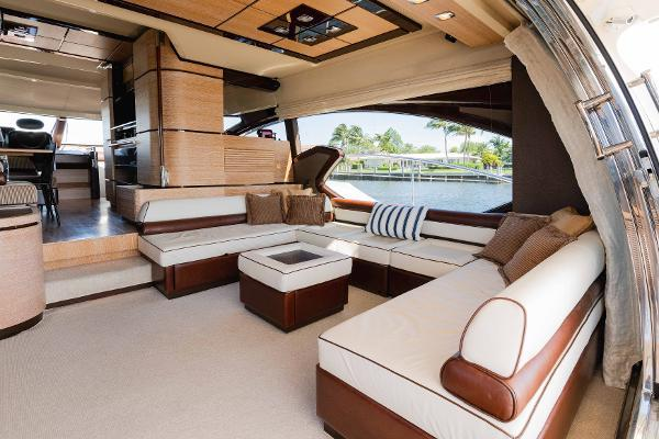 Picture Of: 70' Azimut Flybridge 2011 Yacht For Sale | 3 of 81