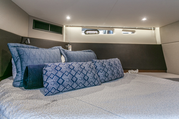 2016 Sea Ray 47'   | Picture 5 of 87
