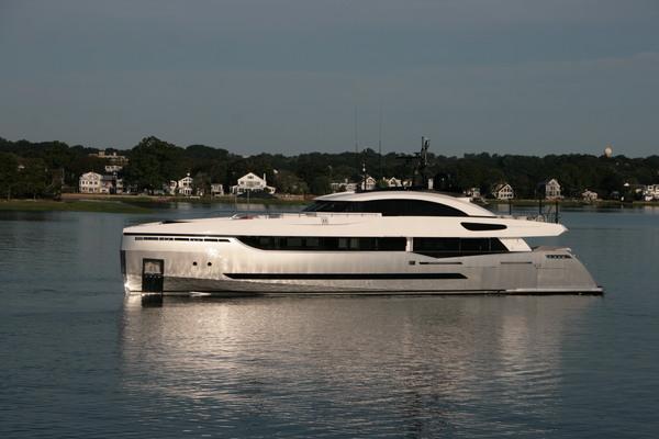 131' Columbus Yachts 40 Sport Hybrid 2013 | Eleonora Iii
