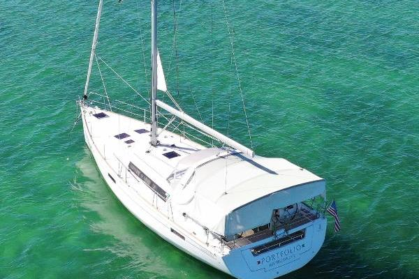 Picture Of: 45' Beneteau 45 2013 Yacht For Sale | 3 of 40