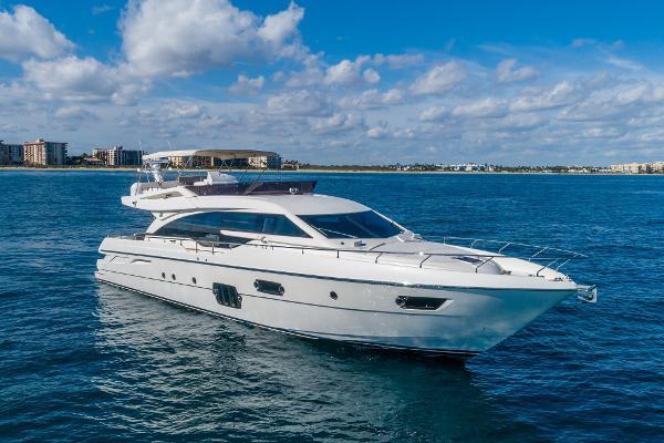 69' Ferretti Yachts 690 2014 | Lindy Lou