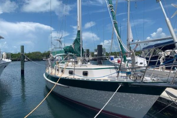 Picture Of: 42' Valiant V42-CE 2005 Yacht For Sale | 1 of 1