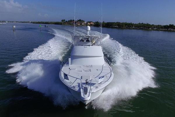 Picture Of: 55' Hatteras 55 Convertible 2002 Yacht For Sale | 3 of 88