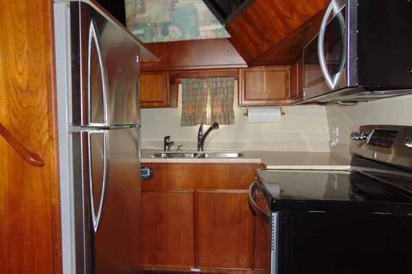 1988 Atlantic 47' Motor Yacht Terra Incognita | Picture 6 of 40