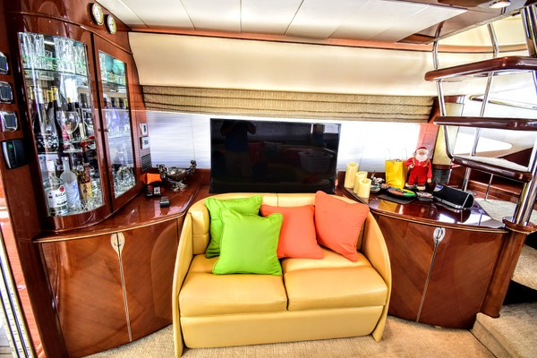 Picture Of: 65' Viking Princess 65 Motor Yacht 2003 Yacht For Sale | 3 of 61