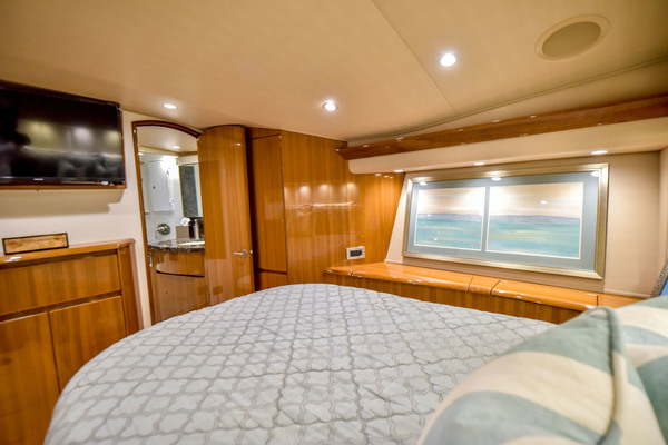 Picture Of: 52' Viking 52 Convertible 2016 Yacht For Sale | 4 of 65