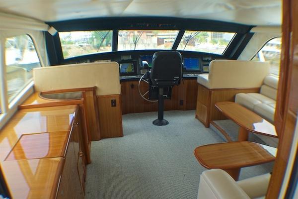 2005 Viking 74' 74 Enclosed Bridge 6C | Picture 4 of 47
