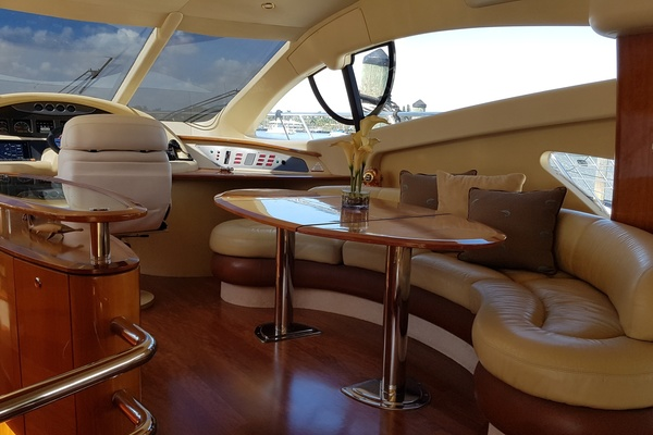 2006 Azimut 55' 55 Flybridge MY Nine | Picture 3 of 37