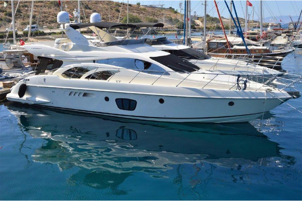 Picture Of: 55' Azimut 55 Flybridge MY 2006 Yacht For Sale | 1 of 37