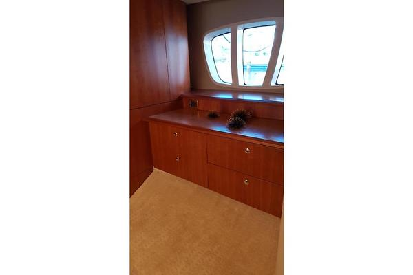 2006 Azimut 55' 55 Flybridge MY Nine | Picture 4 of 37