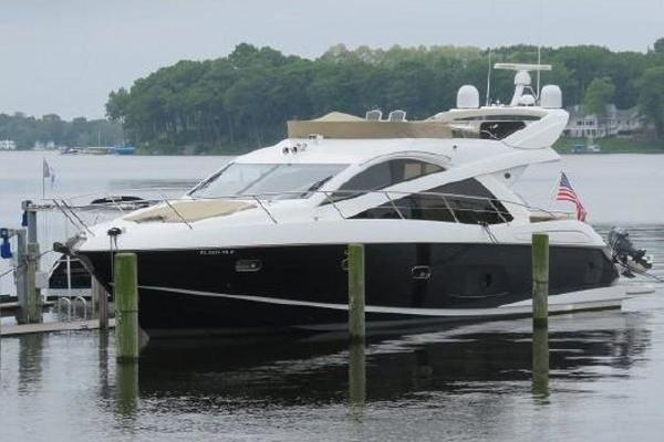 60' Sunseeker Manhattan 53 2012 | Far Niente