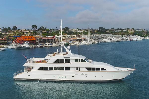128' Palmer Johnson Custom Tri-deck Motoryacht 2000   Kimberly