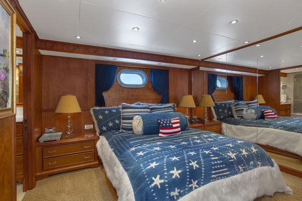 2000 Palmer Johnson 128' Custom Tri-Deck Motoryacht KIMBERLY   Picture 1 of 52