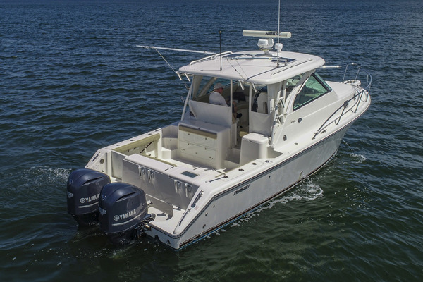 2015Pursuit 34 ft OS 345  Offshore