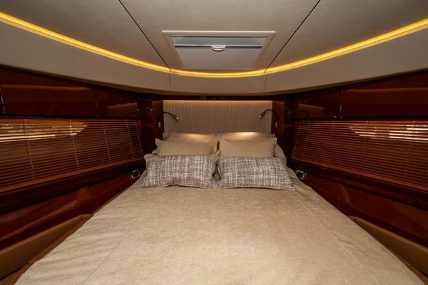 2017 Sea Ray 59' L59 Flybridge It's Plane to Sea | Picture 6 of 64