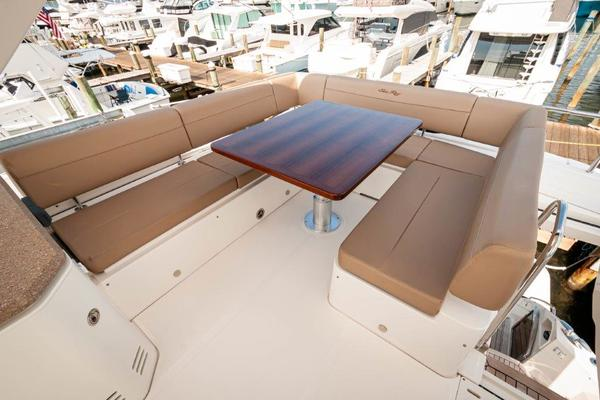 2017 Sea Ray 59' L59 Flybridge It's Plane to Sea | Picture 3 of 64
